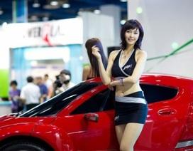 Ngắm người đẹp tại triển lãm xe điện Hàn Quốc