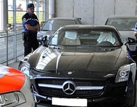 Chủ một chiếc SLS AMG có thể bị phạt triệu đô