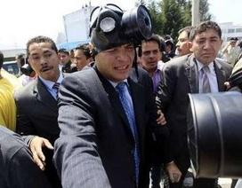 Video Tổng thống Ecuador bị tấn công đạn hơi cay