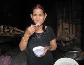 Kỳ lạ ngôi làng quanh năm ăn cơm nếp