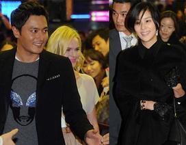 """Vợ Jang Dong Gun mặt """"mộc"""" dự buổi giới thiệu phim của chồng"""