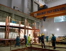 Thủy điện Sơn La đã hòa vào lưới điện quốc gia