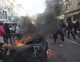 Bạo loạn bùng phát ở Iran, 2 người chết