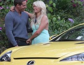 Paris Hilton được bạn trai tặng siêu xe