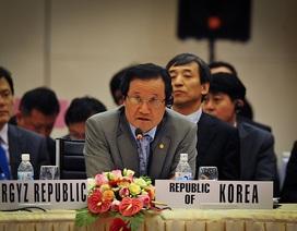 Châu Á đối mặt với lạm phát và luồng vốn nóng