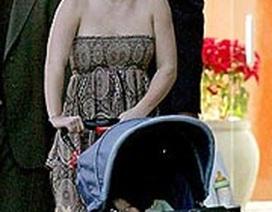 Cuộc sống của Britney thay đổi thế nào sau khi sinh em bé?