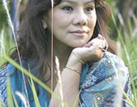 Hồi ký Thanh Hoa ra mắt chậm hơn live show Hát thầm