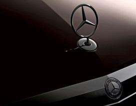 Hình ảnh chính thức đầu tiên của Mercedes E500 Coupe