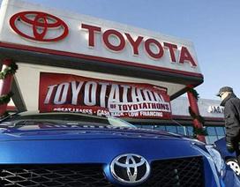 """Toyota """"hất cẳng"""" GM"""