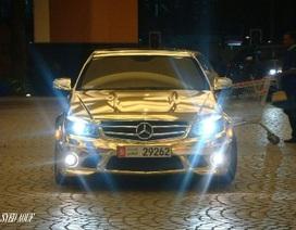Xe Mercedes C63 AMG mạ crôm