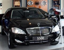 Thêm Mercedez-Benz và Nissan giảm giá xe