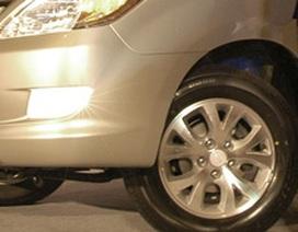 2.430 xe Innova G tại Việt Nam cần thay la-zăng