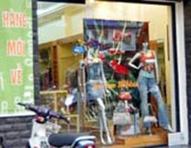 Người Việt mạnh tay chi cho quần áo