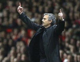 """Thêm nhân chứng tố cáo Mourinho """"tung chưởng"""""""