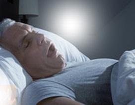 Ngáy to dễ mắc bệnh viêm phế quản