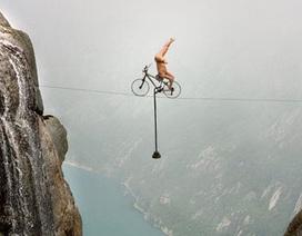 Giữ thăng bằng ở độ cao hơn 300m