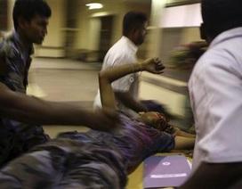 Chùm ảnh: Quân nổi dậy không kích thủ đô Sri Lanka