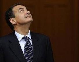 """Thủ tướng Tây Ban Nha buột miệng nói """"sex"""" trong họp báo"""