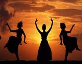 """Giới trẻ Ấn Độ """"nghiện"""" khiêu vũ"""
