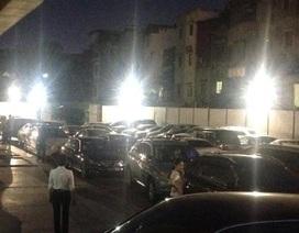 Hà Nội: Chặn xe máy cư dân gây ùn tắc nghiêm trọng ở chung cư Mipec