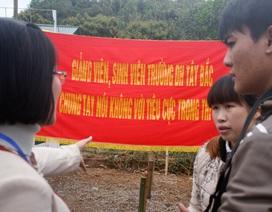 """Sinh viên chống tham nhũng bằng cách không """"cảm ơn"""" thầy cô"""
