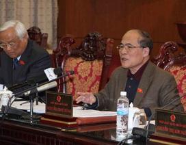 Chủ tịch Quốc hội: Mỗi giấy phép là một cửa… cơ hàn với người dân