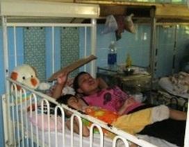 Quảng Bình: Nhiều bệnh nhi bị tiêu chảy, rôm sảy vì nắng nóng