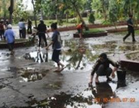 Học sinh Quảng Bình vẫn phải nghỉ học để khắc phục hậu quả sau bão