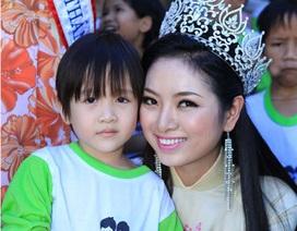 Tân Hoa hậu dân tộc tham gia từ thiện sau ngày đăng quang