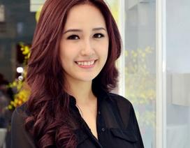 Hoa hậu Mai Phương Thúy giản dị với váy đen
