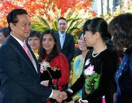 Thủ tướng Nguyễn Tấn Dũng gặp cộng đồng người Việt tại Nhật Bản