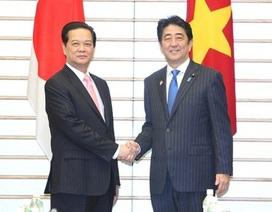 Thủ tướng Nguyễn Tấn Dũng hội đàm với Thủ tướng Shizo Abe