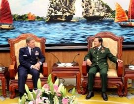 Việt, Mỹ thảo luận nội dung hợp tác không quân