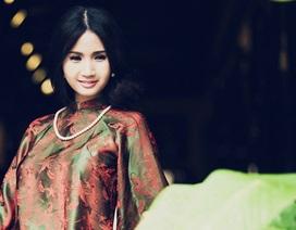 Hoa hậu quý bà châu Á và những chiếc áo dài quyền quý