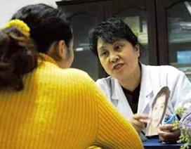 Phẫu thuật thẩm mỹ để vợ mới giống vợ cũ