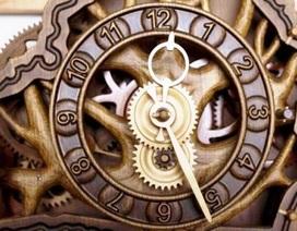 Chế tạo đồng hồ hoàn toàn bằng gỗ