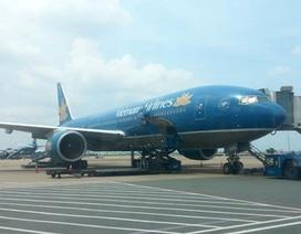 Máy bay Vietnam Airlines suýt đụng trực thăng: Do kiểm soát viên lơ là?