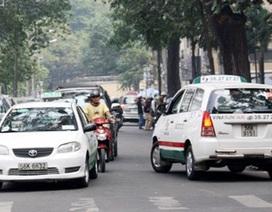 Kiến nghị hoãn phạt xe taxi thiếu thiết bị giám sát hành trình