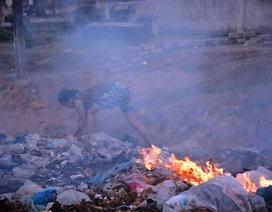 Hàng chục hộ dân đau đáu hơn 10 năm sống cạnh bãi rác ô nhiễm