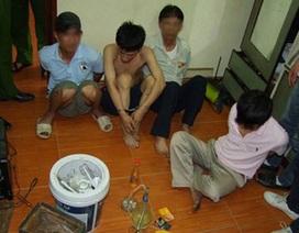 Hà Nội: Khám nhà cán bộ Chi Cục thuế, phát hiện ma túy và lựu đạn