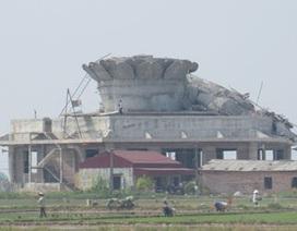 Vụ tượng Phật đổ sập: Không có nhà thầu giám sát thi công