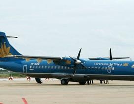 Máy bay Vietnam Airlines gặp sự cố hi hữu: gãy trục, rơi lốp