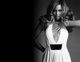 Beyonce mê thời trang đen trắng