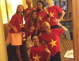 Trương Thị May tặng thí sinh Hoàn vũ áo cờ đỏ sao vàng