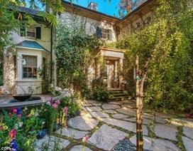 Jessica Simpson bán nhà chuyển đến biệt thự 13 triệu USD