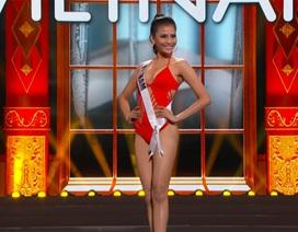 Trương Thị May diện bikini gợi cảm trong đêm bán kết Hoa hậu Hoàn vũ