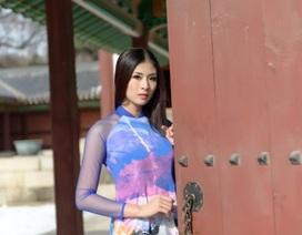 Hoa hậu Ngọc Hân thướt tha áo dài trên xứ kim chi