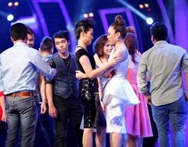 """Thí sinh Vietnam Idol bị loại vì """"đang yêu""""?"""
