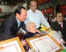 """Tặng và truy tặng 327 mẹ danh hiệu """"Bà mẹ Việt Nam anh hùng"""""""
