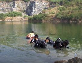 Học sinh lớp 8 chết đuối khi ôm cây chuối bơi qua hồ